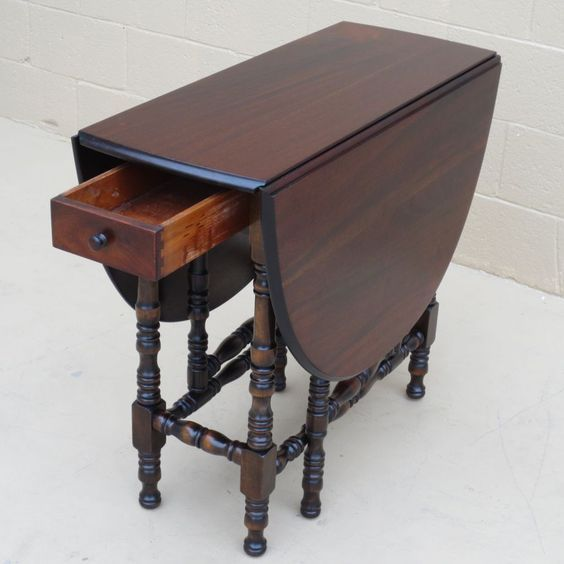 Antique Drop Leaf Table >> American Antique Drop Leaf Table Antique Furniture From Mrbeasleys