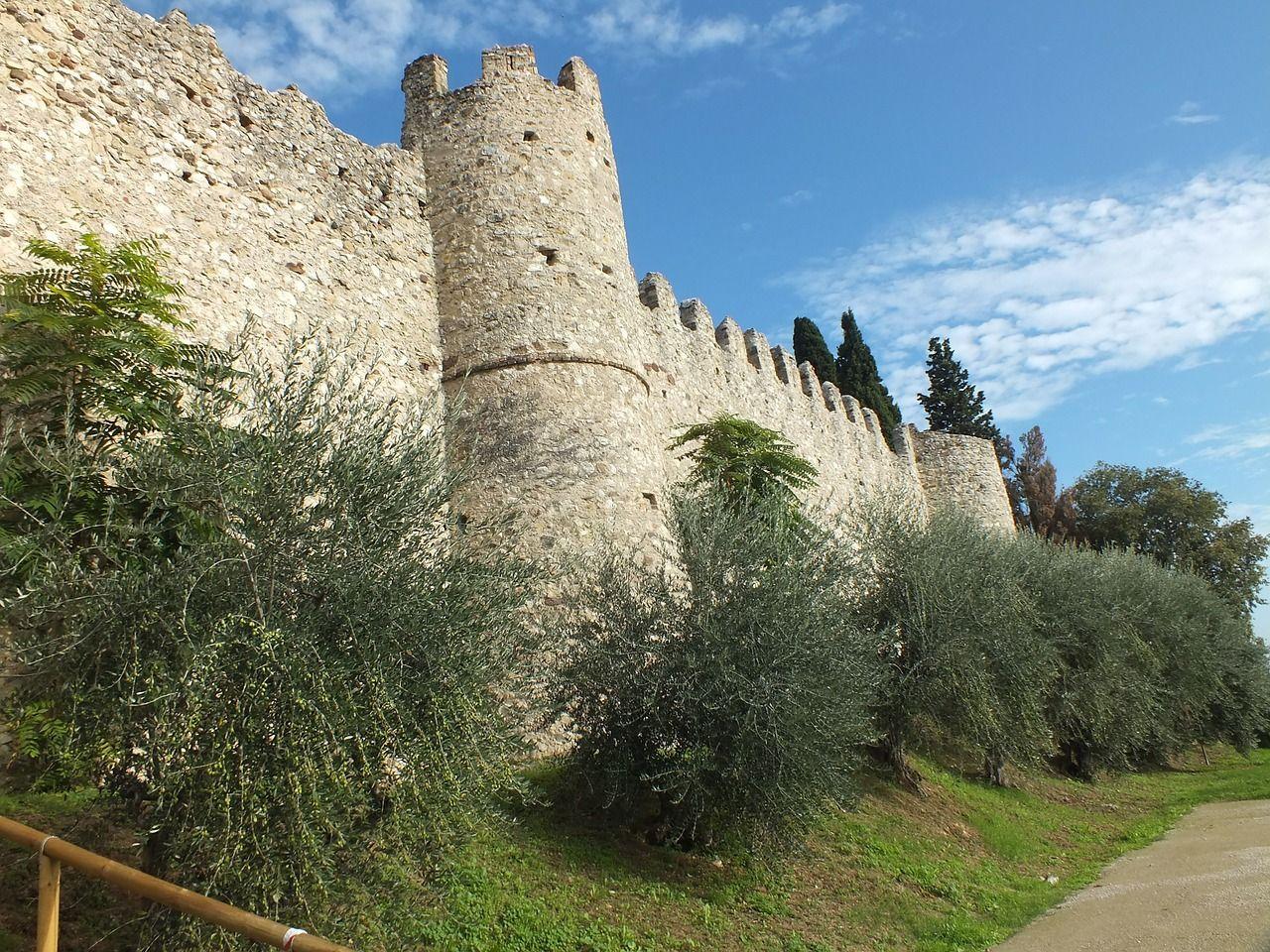 Italy, Moniga Del Garda, Garda, Castle, Italy italy,