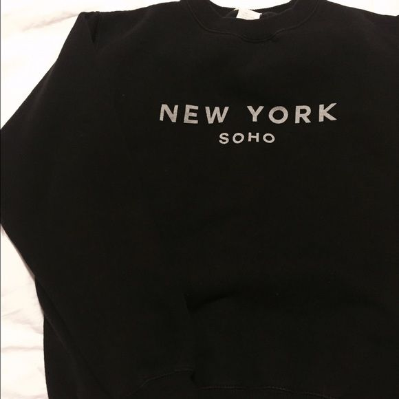 ♡SALE♡ Brandy Melville NY Soho 100% Authentic Brandy Melville (tagged at John Galt). perfect condition. I DO NOT TRADE Brandy Melville Tops Sweatshirts & Hoodies