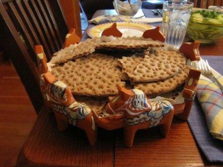 Dala Horse bread server