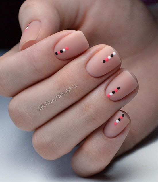 15 Beautiful and Easy Geometric Nail Art Ideas #nailart