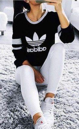 69a235b40 Tendência fitness  legging branca - Lalá Noleto. Adidas CinzaMoletons  FemininosEstampasFemininaRoupas ...
