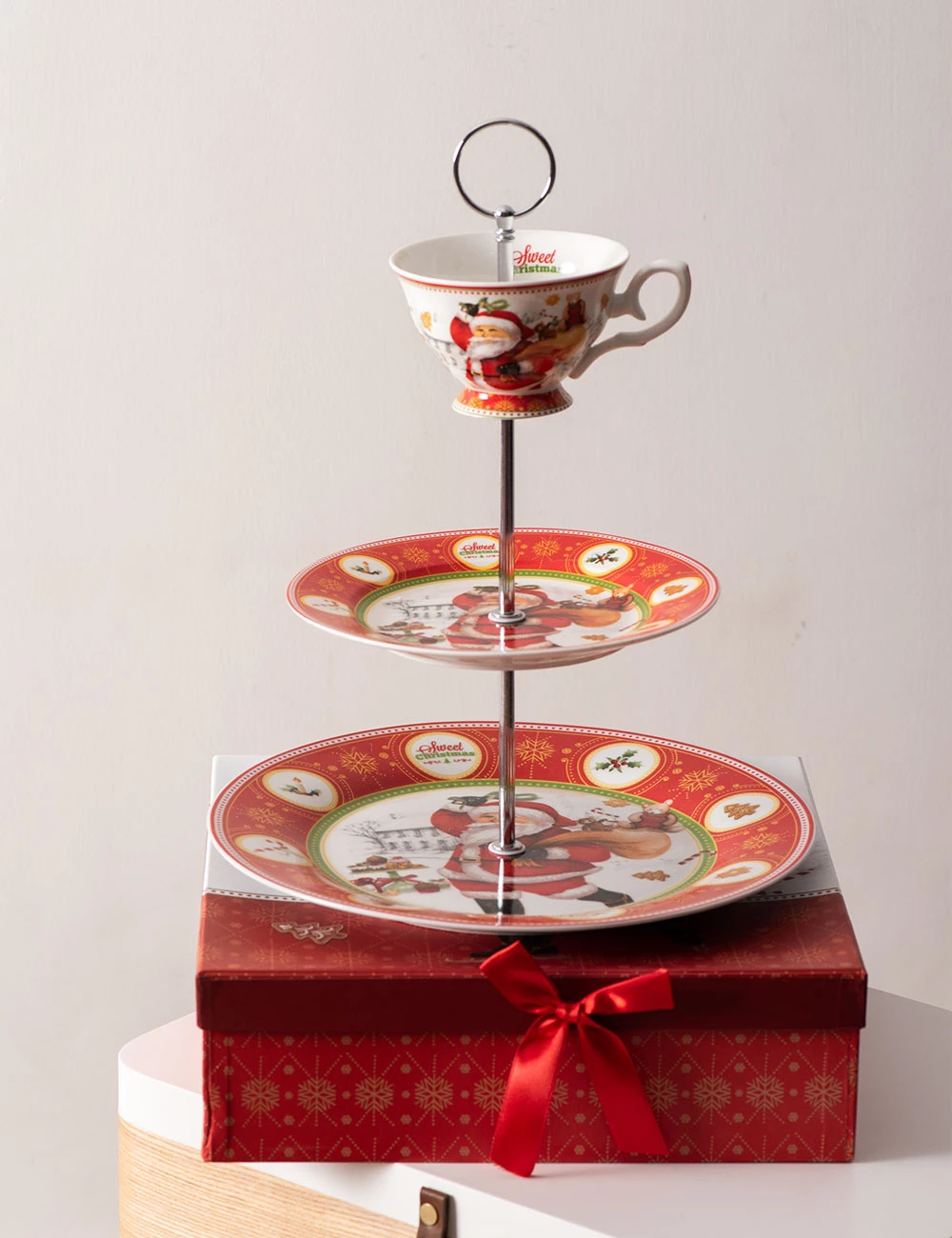 Merry Christmas 3 Tier Cake Stand Thedecorkart Tiered Cake Stand Holiday Serveware Tiered Cakes