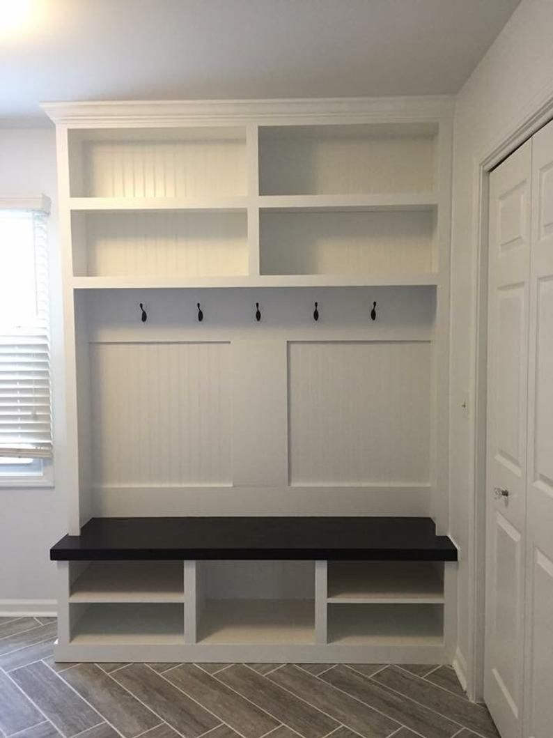 Mudroom Locker Halltree Entryway Bench Build In Look Custom Made Contact For Pricing In 2020