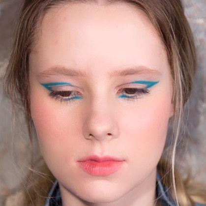 Maquiagem com delineador - Opções para usar no dia ou na noite