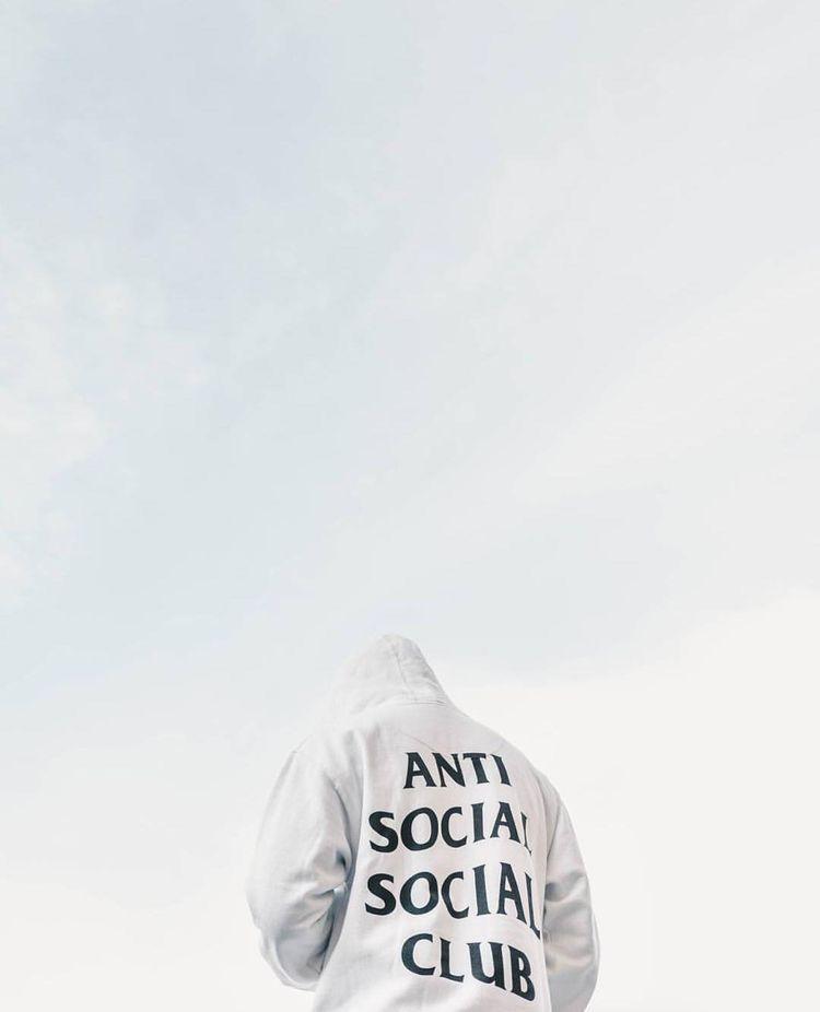 Pin By Dawid Chadzynski On Hyper Anti Social Social Club Anti Social Street Fashion Photography