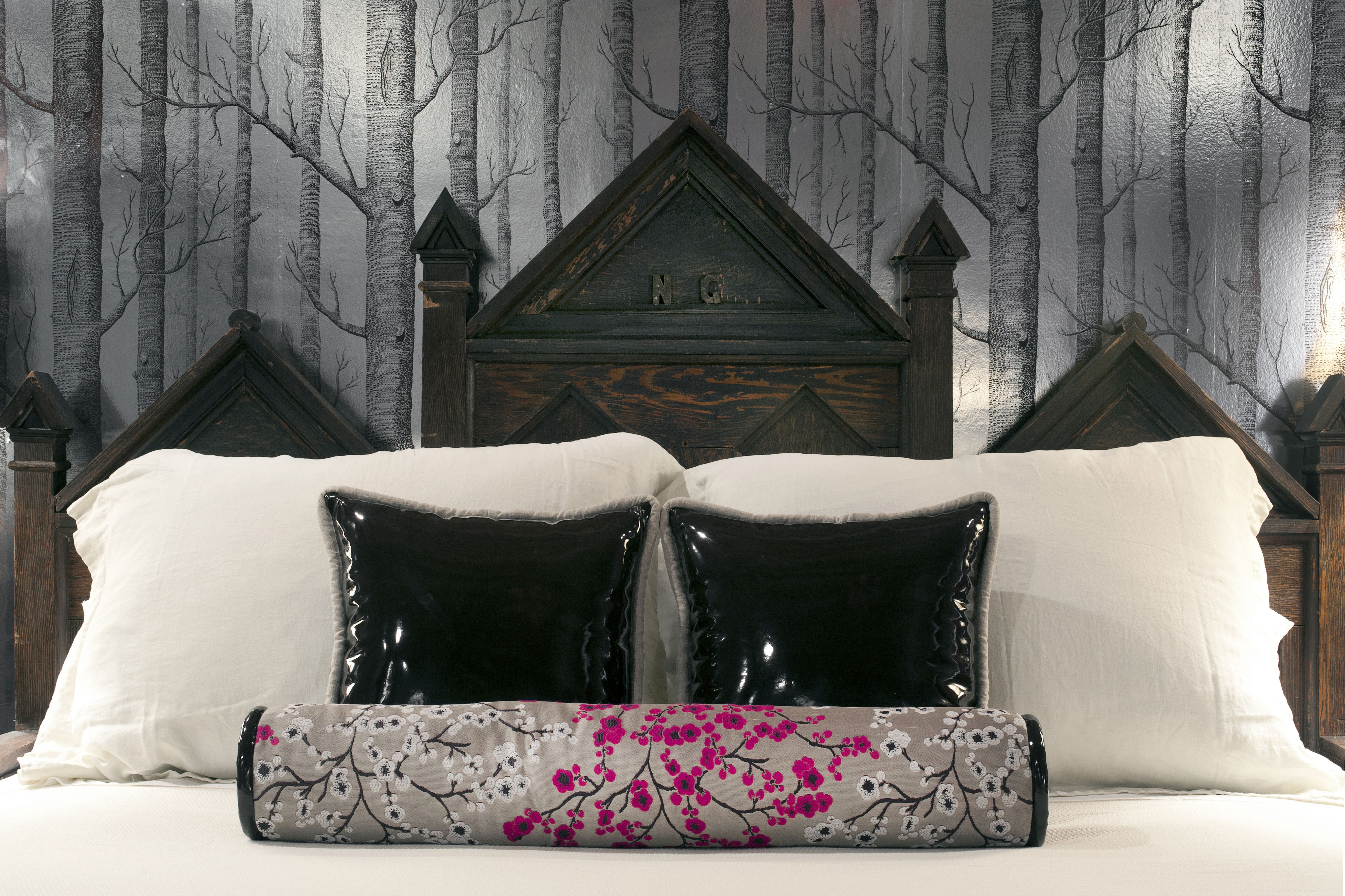 Inside miranda lambertus adorably kitschy bed u breakfast miranda