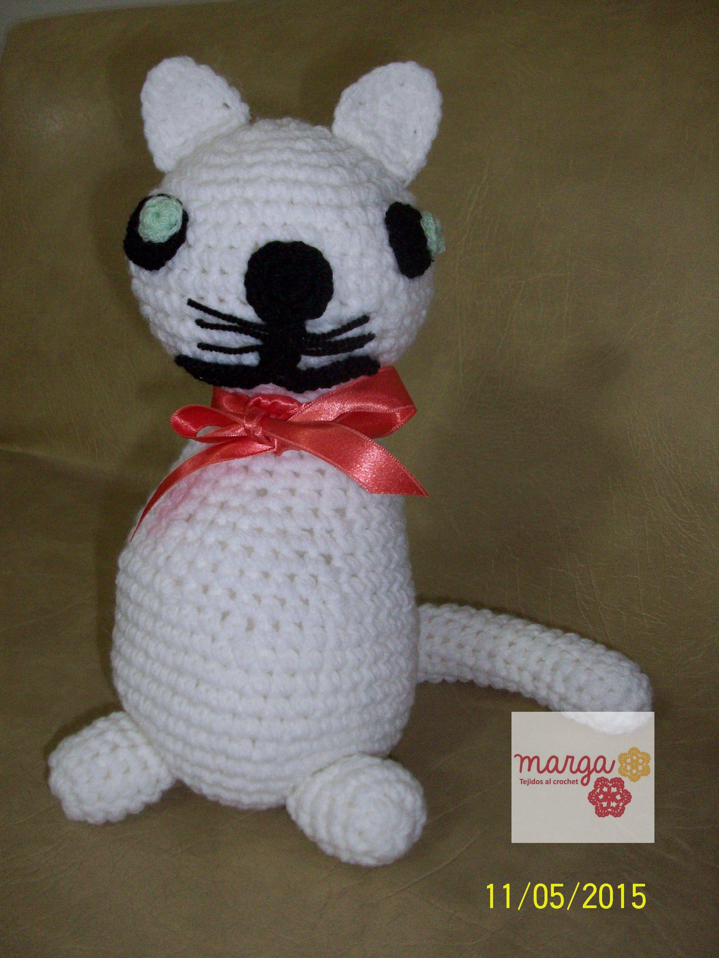 Gatito (amigurumi)