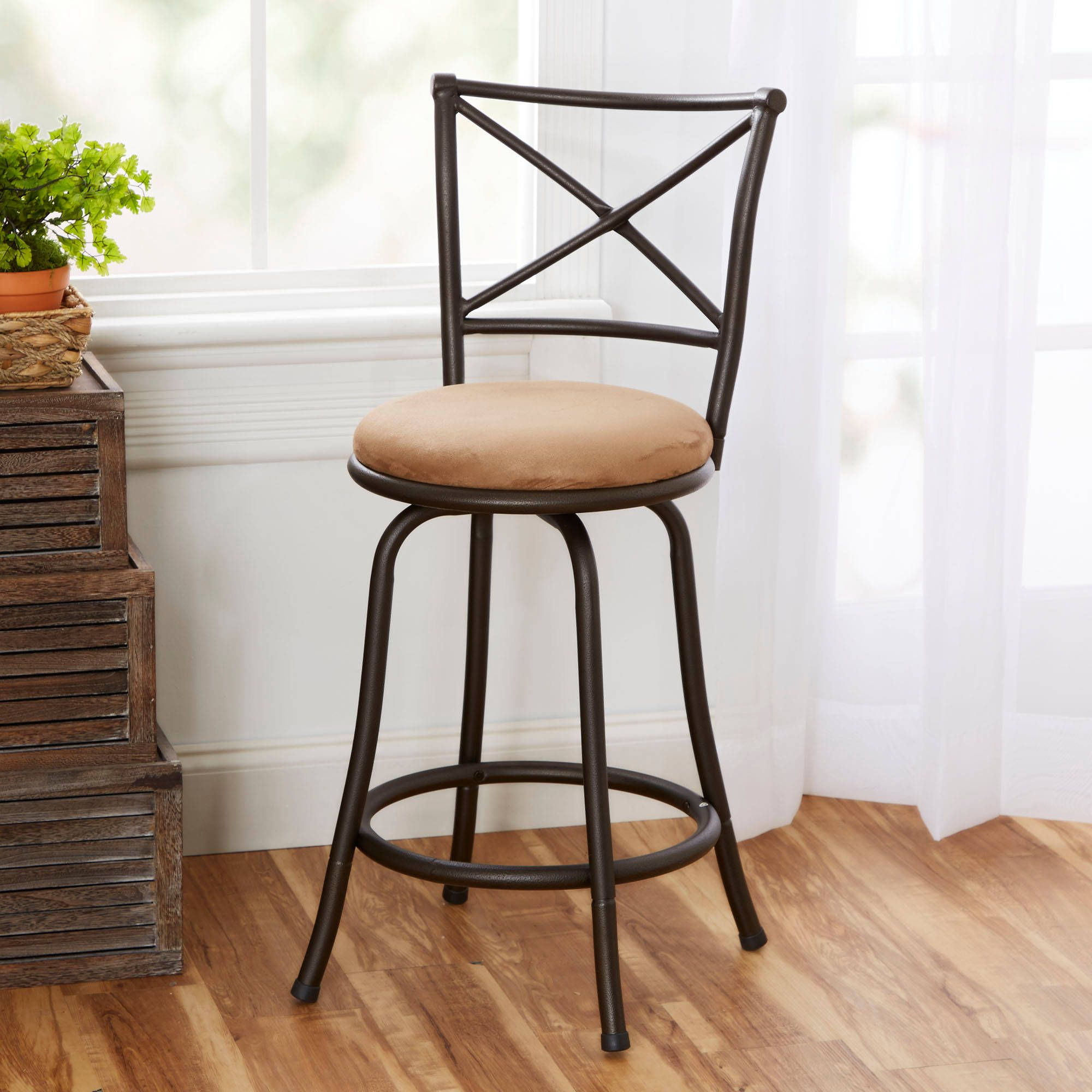 Hunter 25 Barstool With Tan Upholstered Swivel Seat Hammered