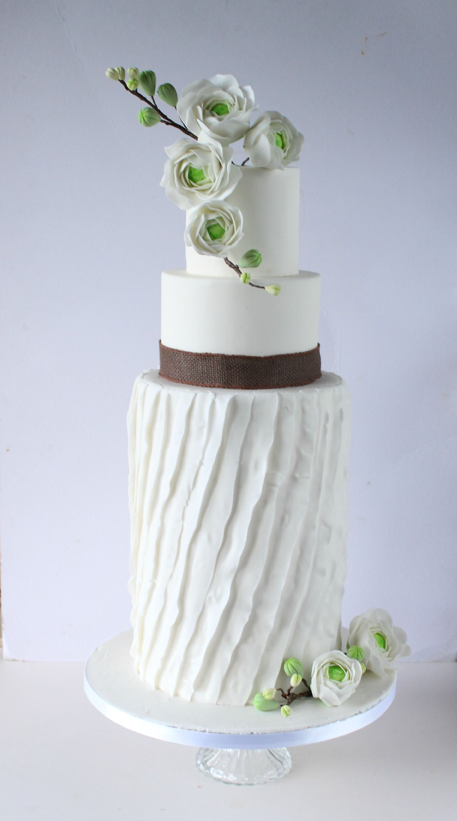Country style wedding cakes with tutorials