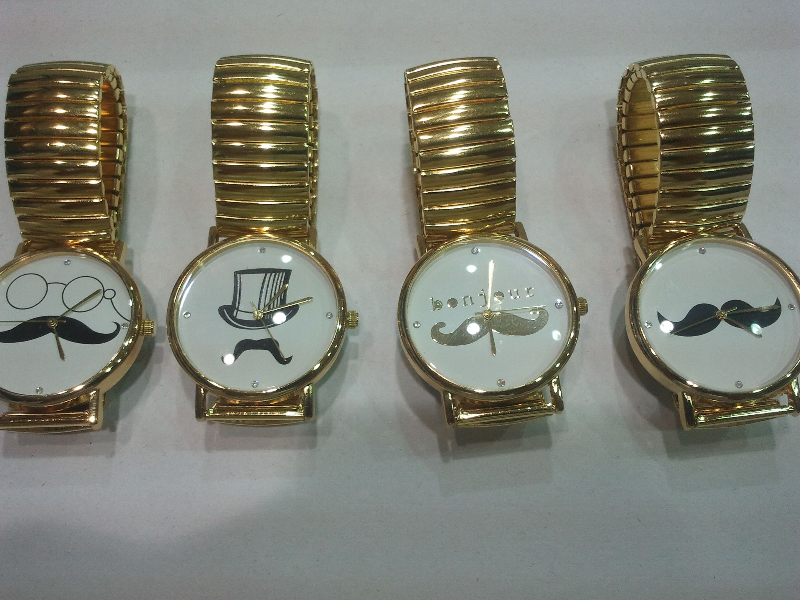 ساعة الشنب موستاش السعر للدرزن 360 ريال Bracelet Watch Accessories Watches