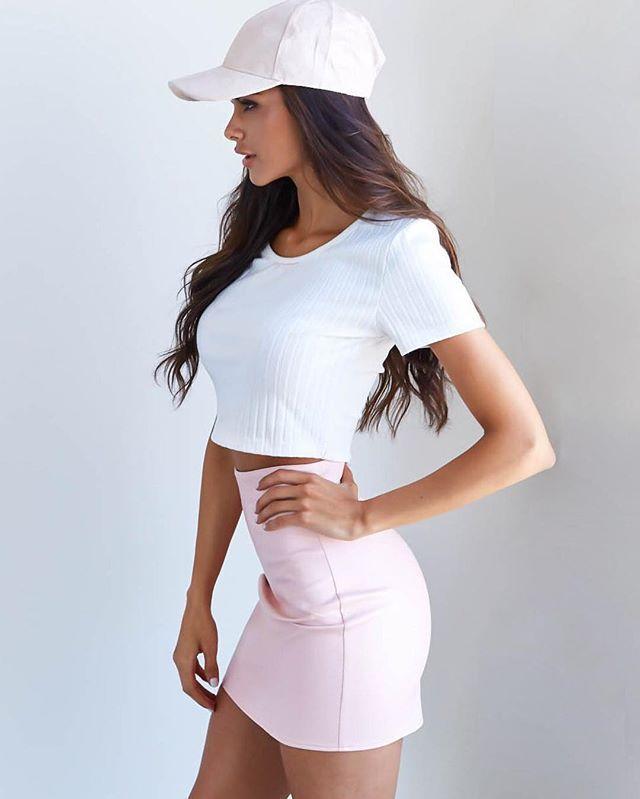 Shop the latest via the shop link in our bio. Pretty in pink @sophiamiacova