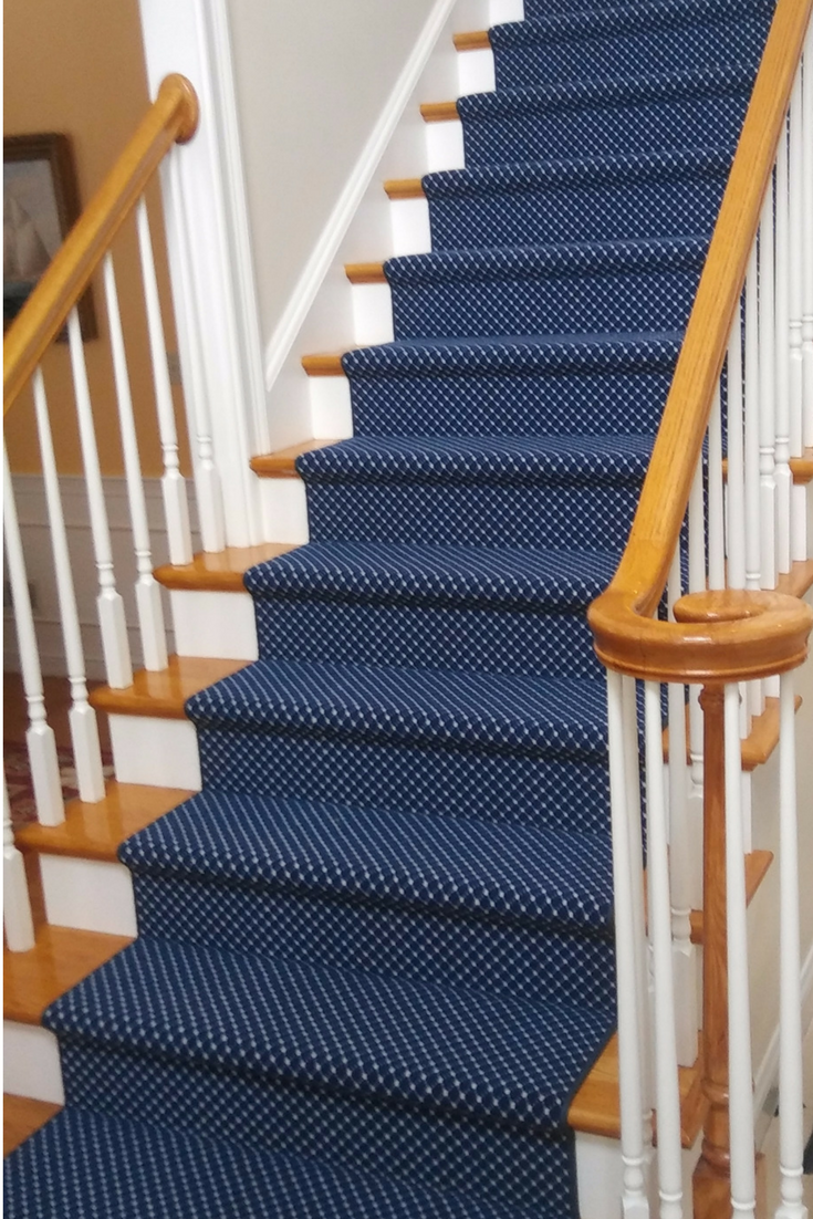 This Classic Navy Blue And White Dotted Stair Runner Sets A Crisp Tone On This Straight Staircase Carpet Stairs Stair Runner Carpet Staircase