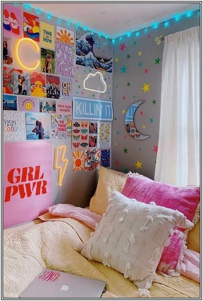 119 Lovely Dorm Room Ideas To Tare Room Decor To The Next Level 24