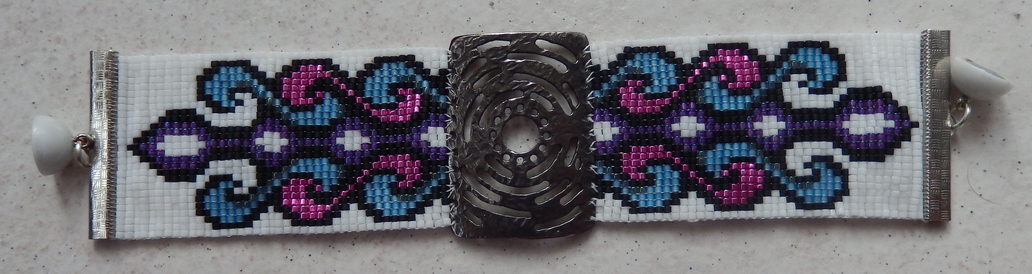 Bracelet tissé avec des perles japonaise (délicat)
