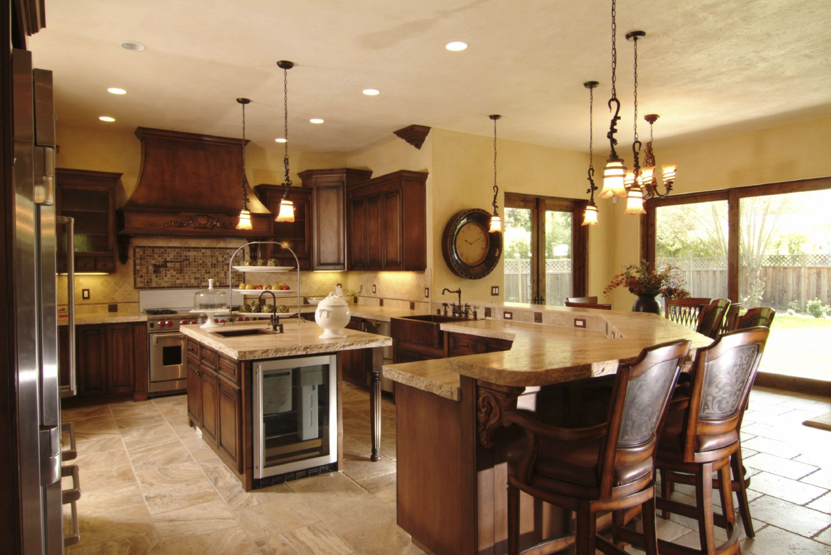 Wrap Around Kitchen Cabinets How To Smartly Organize Your Kitchen Countertop Designs Kitchen