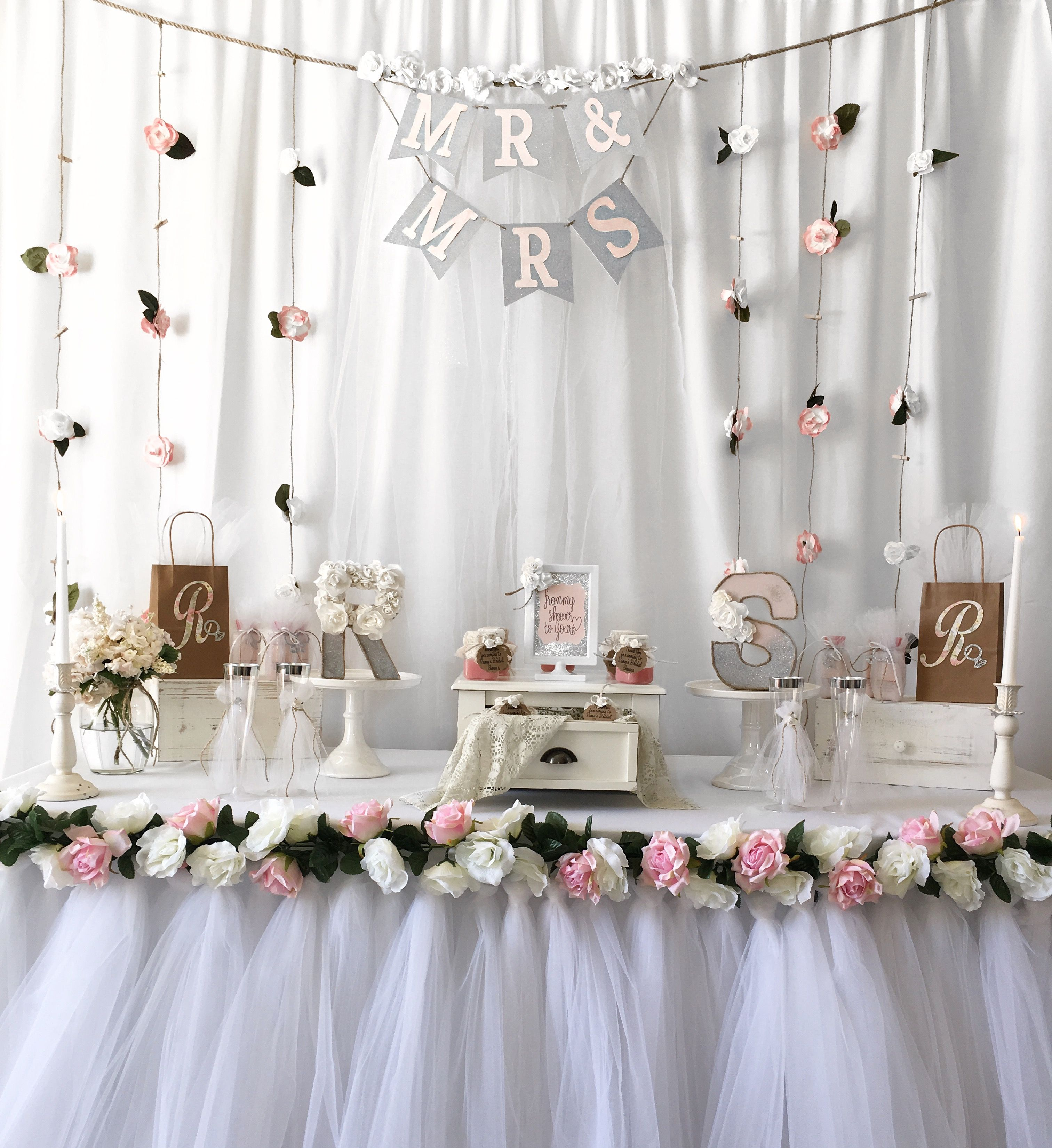 Wedding Gift Table Ideas: Bridal Shower Gift Ideas, Bridal Shower, Tutu Table Skirt