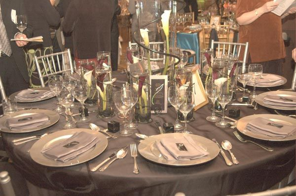Platinum And Black Sophisticated Wedding Table Decorations For
