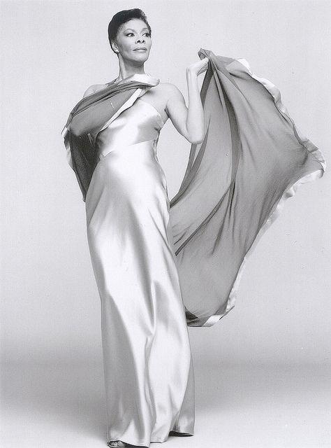 Dionne Warwick In 2020 Vintage Black Glamour Dionne Warwick My