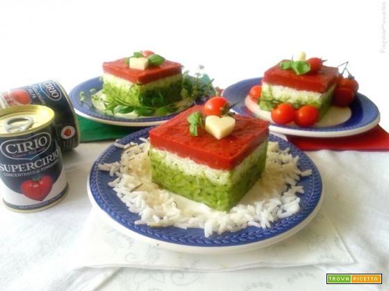 Tortino tricolore di riso e pomodoro  #ricette #food #recipes