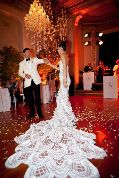 Shoe Queen Terry Biviano Weds Anthony Minichiello Wearing A J Aton Wedding Gown