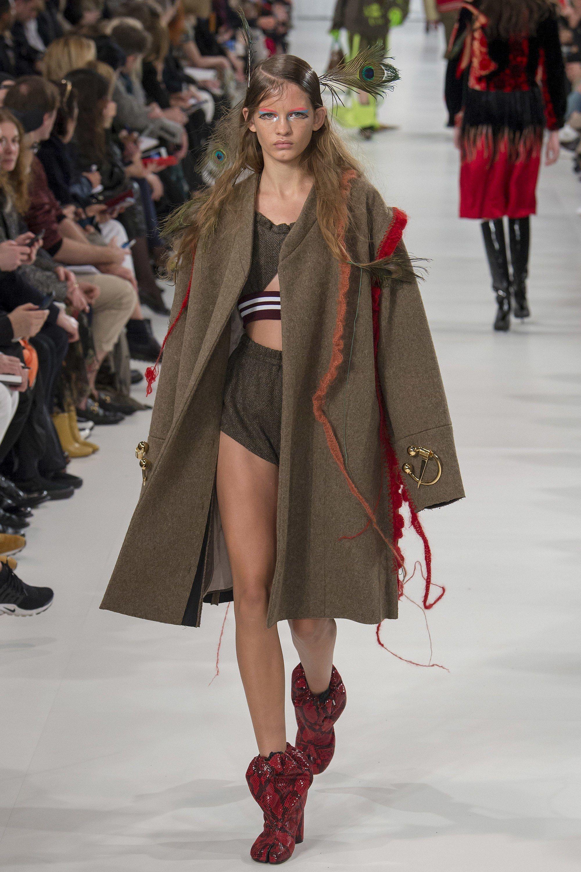 Fashion week Fabulous outrageously fashion for woman