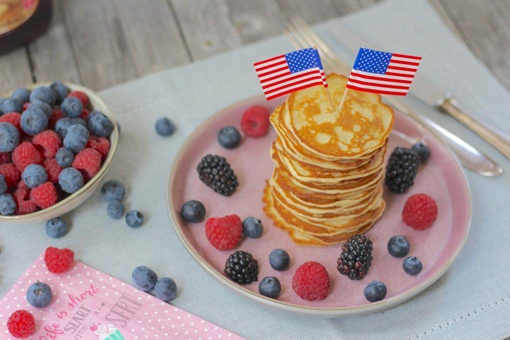 Mini American Pancakes  Leckerei  Mini American Pancakes  Leckerei   Mini amerikanische Pfannkuchen  leckere Materie  Mini amerikanische Pfannkuchen  leckere M