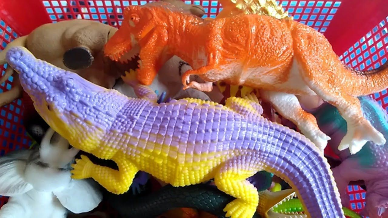 Learn animals name with wild zoo animal toys dinosaurs