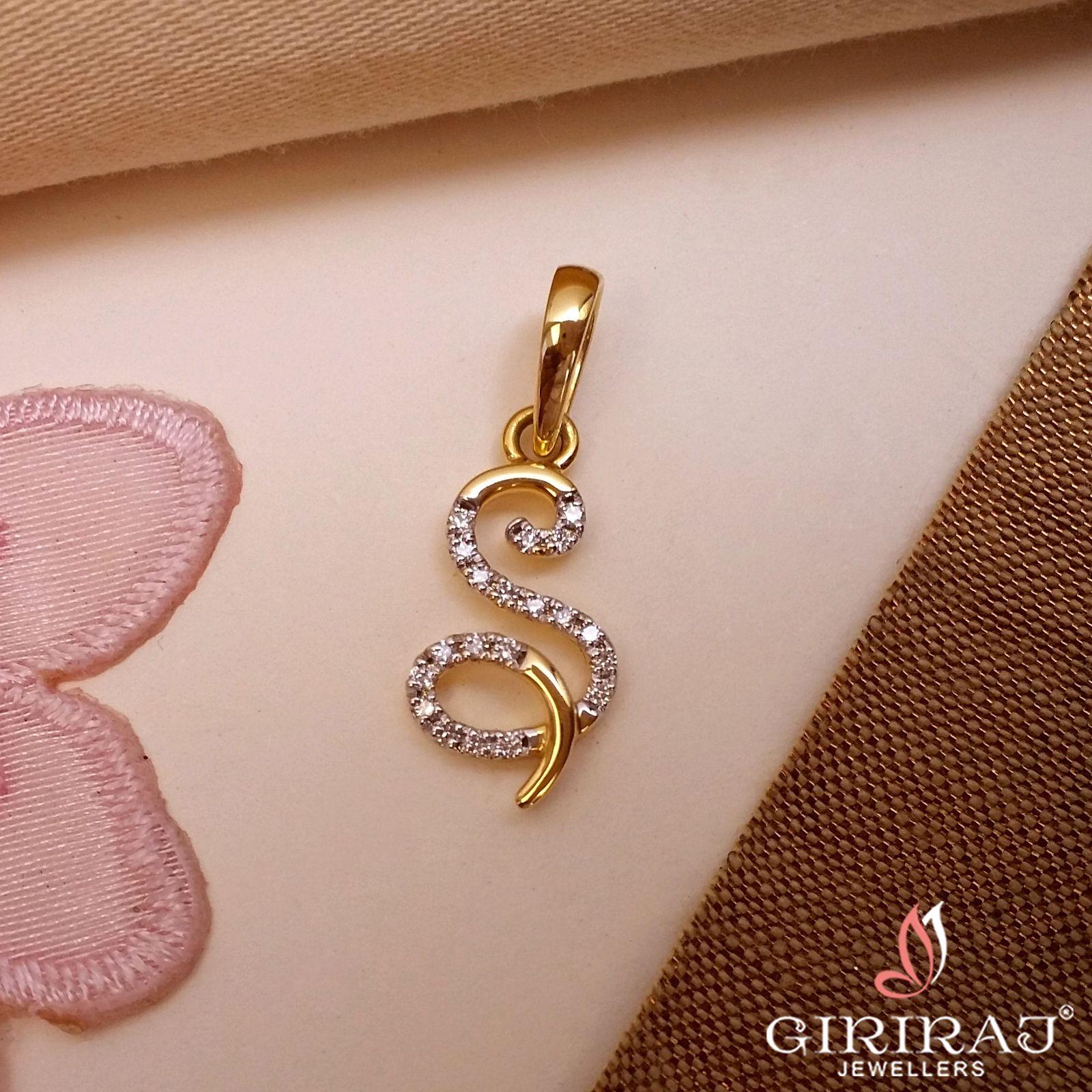 18k Diamond Alphabet S Pendant Girirajjewellers Co In Gold Pendant Jewelry Handmade Gold Jewellery Silver Jewelry Accessories