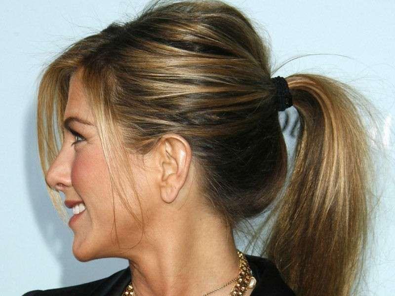 Molto Acconciature capelli medi - Coda capelli medi | Pettinature  YP52