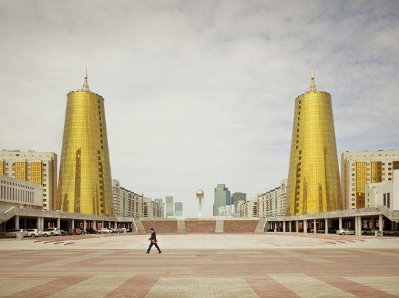 Imperial Pomp, Post Soviet Highrise (Kerber)