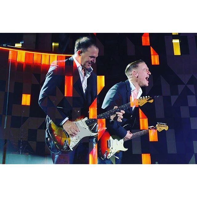 Checkout this photo from the BryanAdams app.
