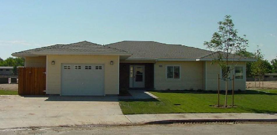Mountain home afb housing pictures.