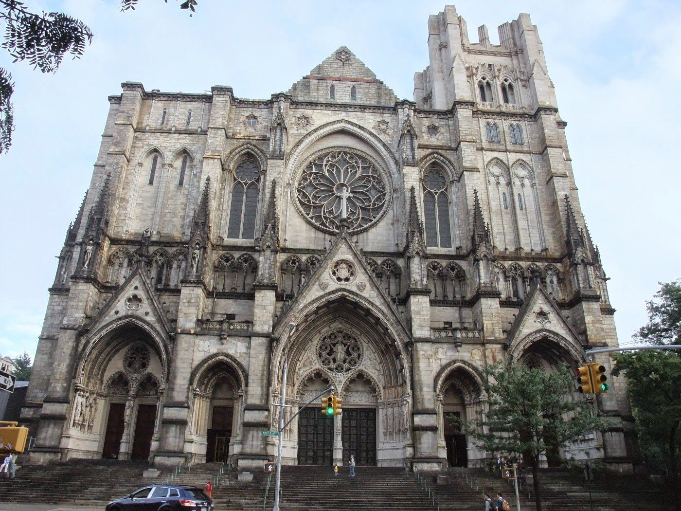 Cathedral of St. John de Divine - NYC, US - 1892 - Byzantine Revival.