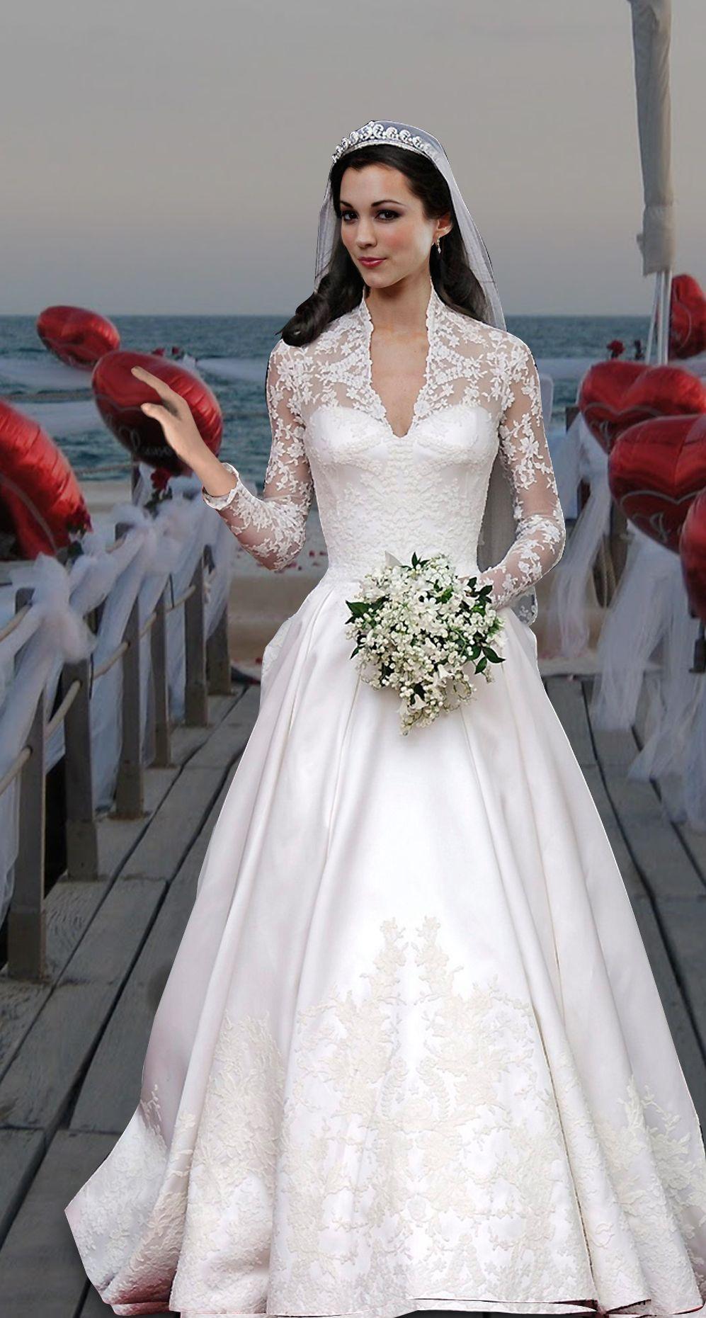 Kate Middleton S Wedding Dress Designed By Sarah Burton Of