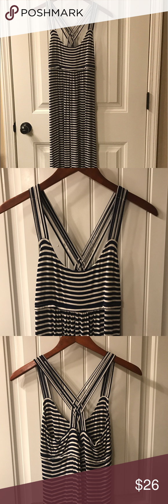 Calvin Klein size 6 navy/white striped maxi dress This is an amazing maxi dress that is 100% cotton so it's machine washable and super comfortable. In true Calvin Klein design this dress is simple but classic making it an everyday favorite. Size 6 and from below the bust to the bottom this dress measures 43 inches to the floor. Calvin Klein Dresses Maxi