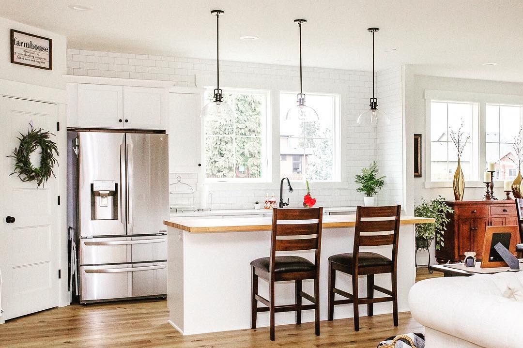 Best Achieve A Light And Bright Modern Farmhouse Kitchen Feel 400 x 300