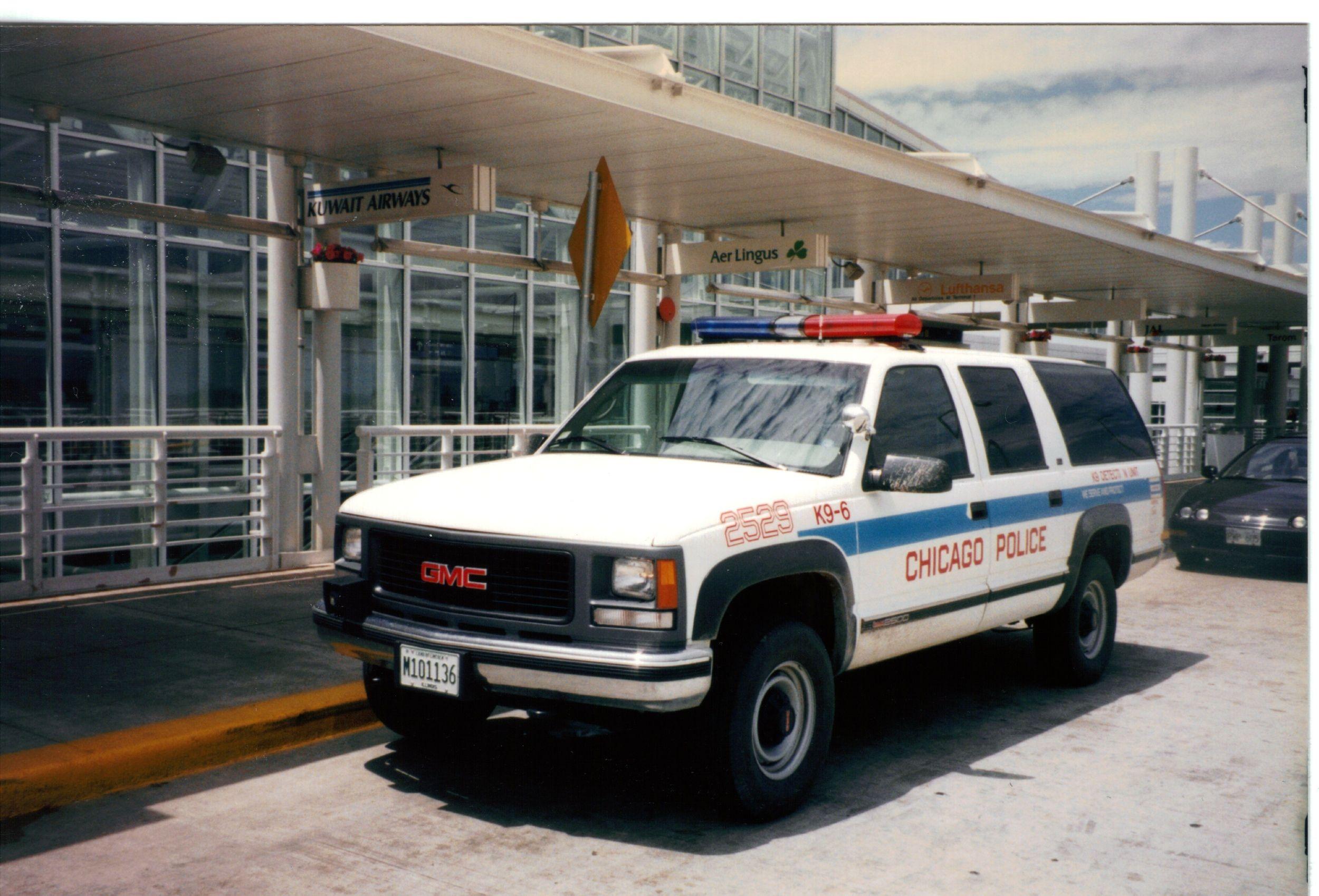 1995 Gmc Yukon O Hare Airport K9 Unit Gmc Yukon Chicago Police K9 Airport 1995 Classic Retro Vintag Police Cars Chevrolet Suburban Chevy Suburban