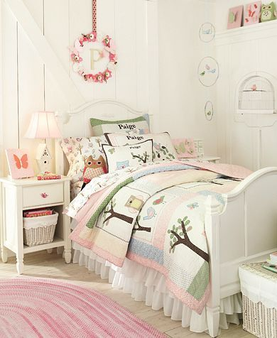 such a sweet pattern for a little girl!  goes great with green paint on the walls