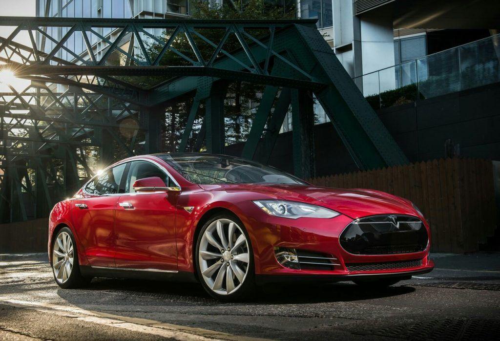 Tesla Model S Fotoğraf