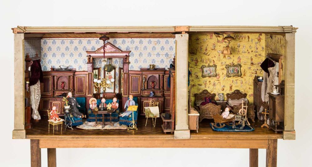 Ladenburger Spielzeugauktion GmbH | Roomboxes | Pinterest | Dollhouses,  Antique Dolls And Doll Houses