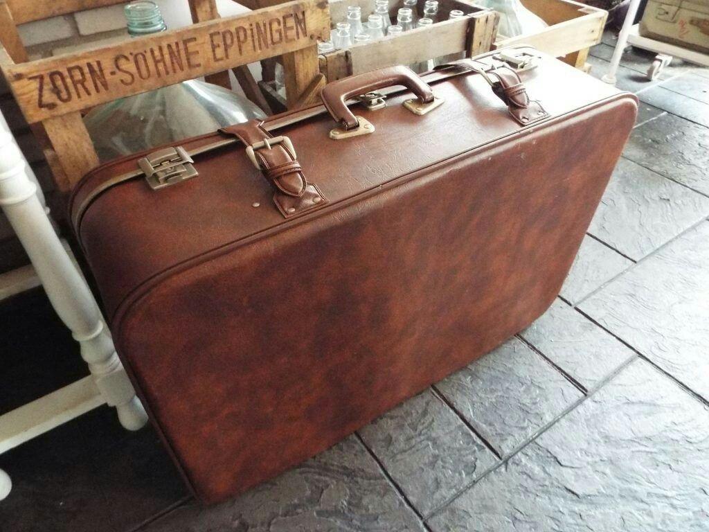 Vintage suitcase @ www.detijdvantoen.net