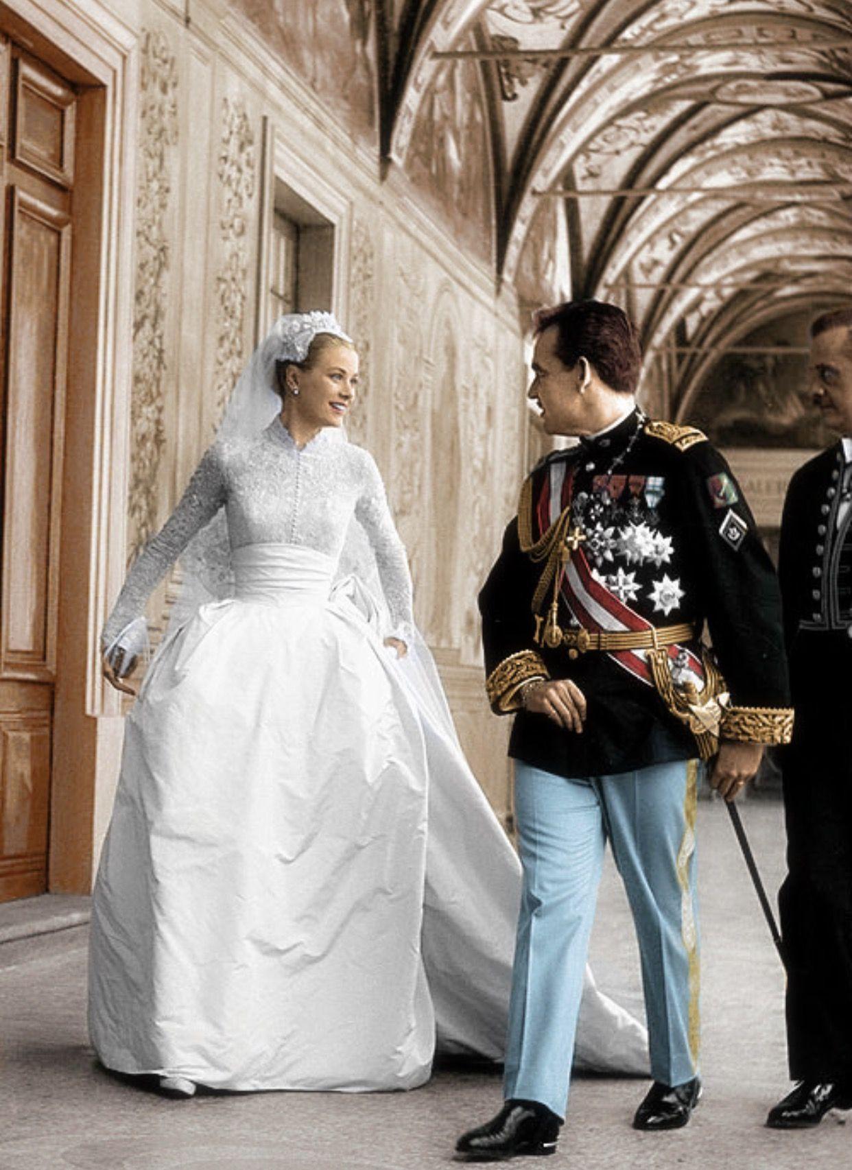 Photo of Prinzessin Grace und Prinz Ranier an ihrem Hochzeitstag. Ich liebe ihre zeitlose Hochzeit …