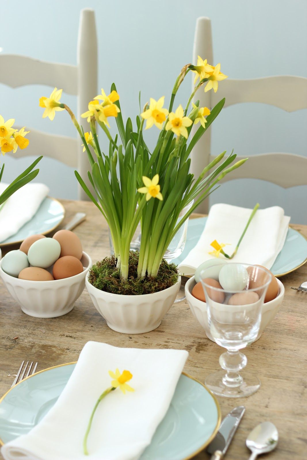 Easter Centerpiece With Blue Eggs Daffodils
