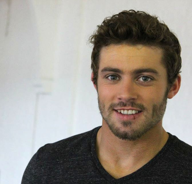 Leigh Halfpenny  Welsh Rugby Extraordinaire and easy on the