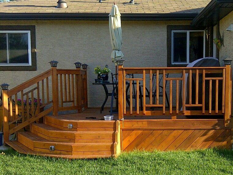 Best Custom Designed Cedar Deck Railing Deck Railings Deck 400 x 300