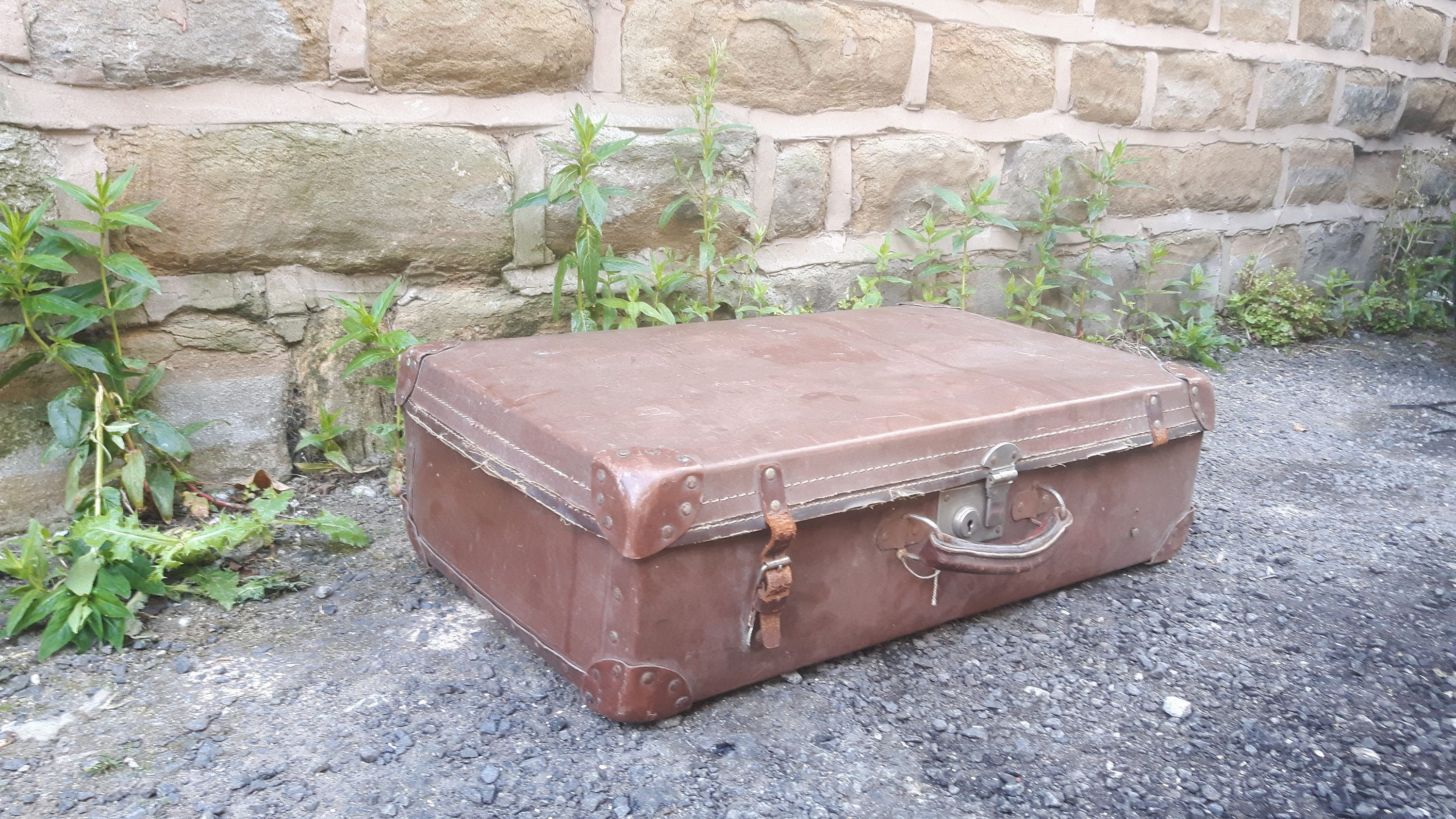 Merveilleux Vintage Retro Brown Leather Suitcase Luggage Trunk Briefcase Storage  Display By LuxeandBear On Etsy