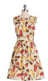 Fun novelty print dresses at Modcloth! They're on sale now!