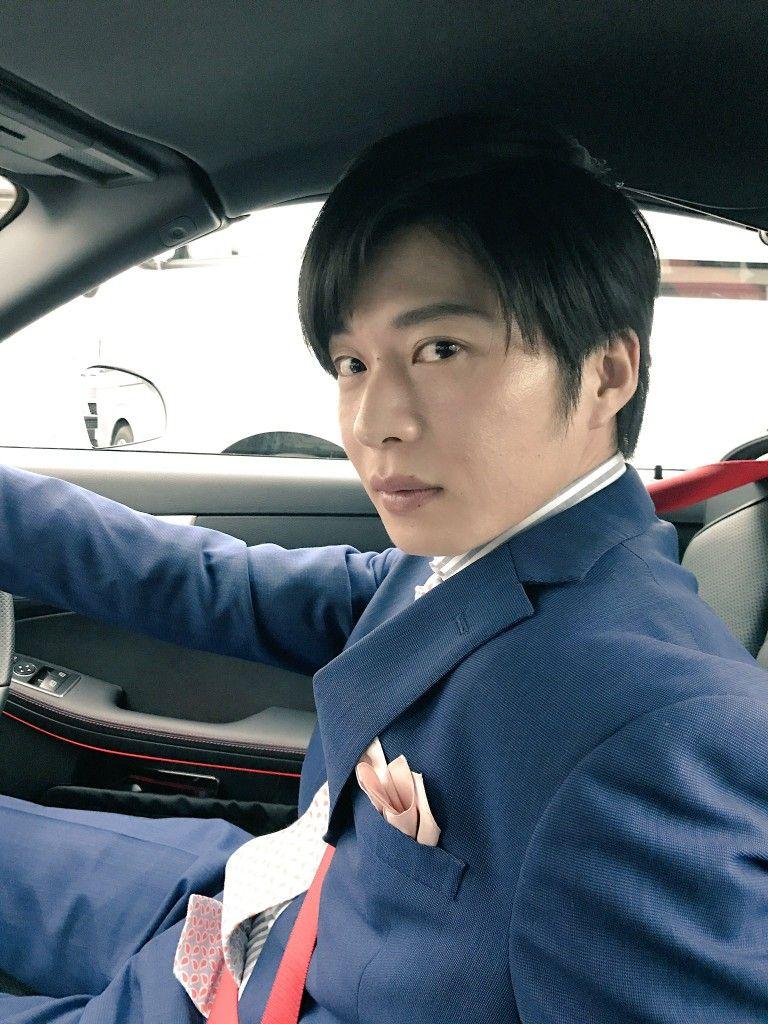 運転席の色気ある田中圭