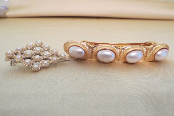 vintage hair clips by TimesTwoBoutique on Etsy, $22.00